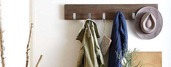 entryway-coat-hanger